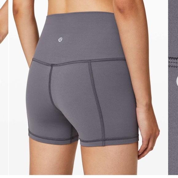"""lululemon athletica Pants - Lululemon align shorts 4"""" moonwalk size 6"""